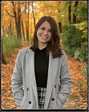 Caroline Moralejo - Digital Marketing Specialist